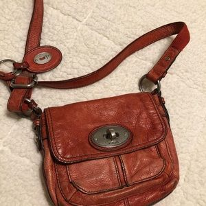 Red Fossil crossbody purse 🌸